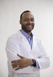 Dr.  David  Lofters